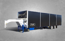 covered lubricator trailer